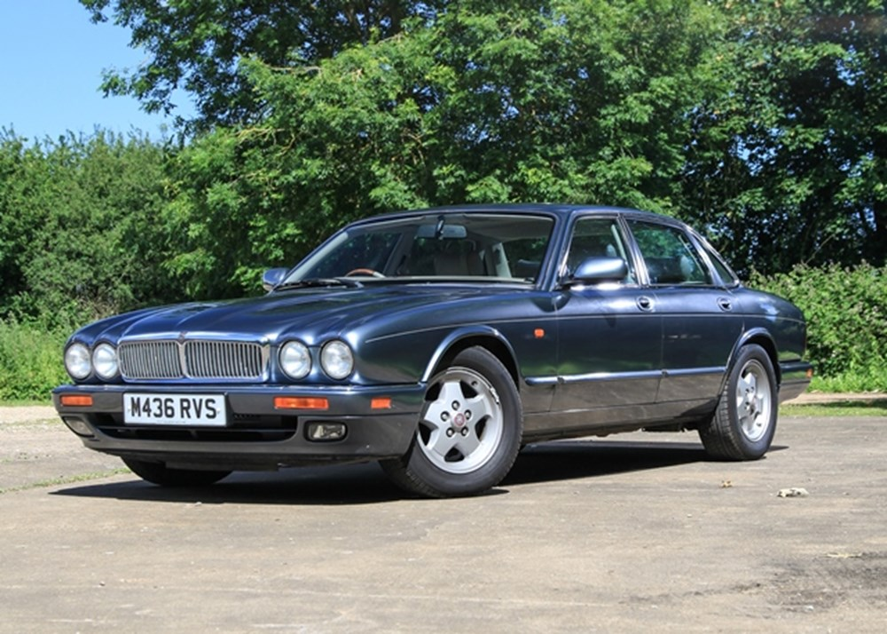 Lot 222 - 1994 Jaguar XJ6 Saloon