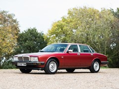 Navigate to Lot 330 - 1989 Jaguar Sovereign