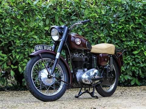 Ref 5 1959 Ariel 350cc Red Hunter