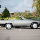 Ref 77 1987 Mercedes-Benz 560 SL Roadster -
