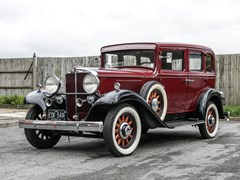 Navigate to Lot 183 - 1932  Hupmobile B216 Saloon