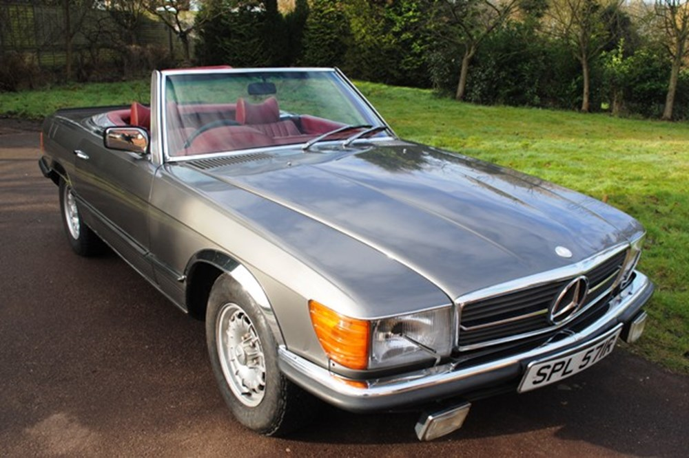 Lot 303 - 1977 Mercedes-Benz 450SL