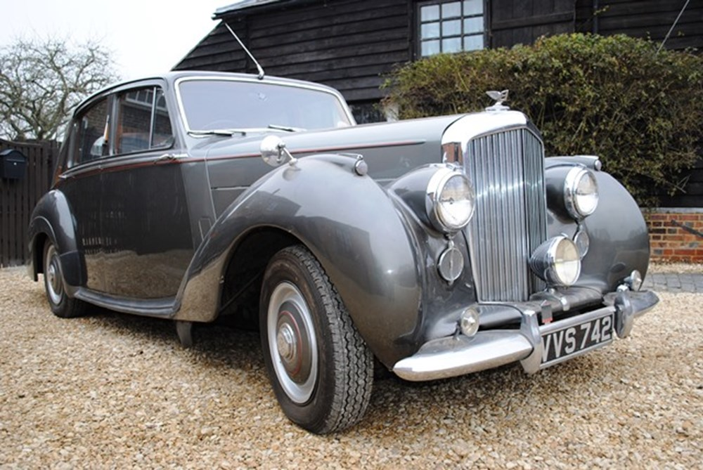 Lot 261 - 1953 Bentley R-Type Standard Steel Saloon