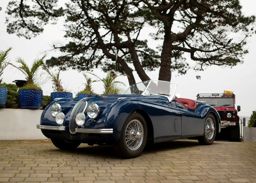Lot 162 - 1954 Jaguar XK120 Roadster 'Fast road'