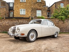 Navigate to Lot 253 - 1965 Jaguar S-Type 3.8