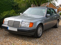 Navigate to Lot 259 - 1991 Mercedes-Benz 230 E