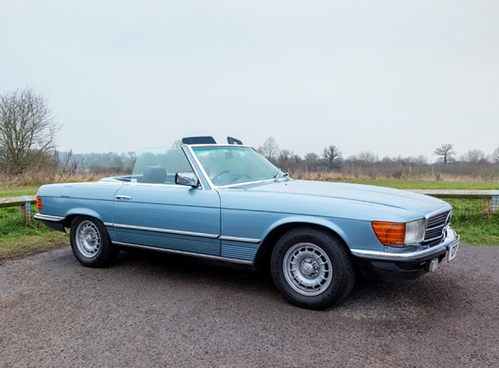 Lot 131 - 1985 Mercedes-Benz 500 SL Roadster