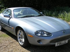 Navigate to Lot 322 - 1996 Jaguar XK8 Coupé