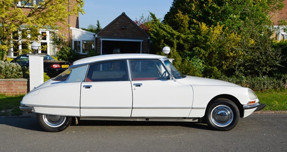 Lot 260 - 1973 Citroën DS23 Pallas