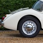 Ref 110 1960 MG A 1600 Coupe -