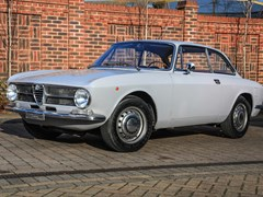 Navigate to Lot 228 - 1971 Alfa Romeo GT1300 Junior