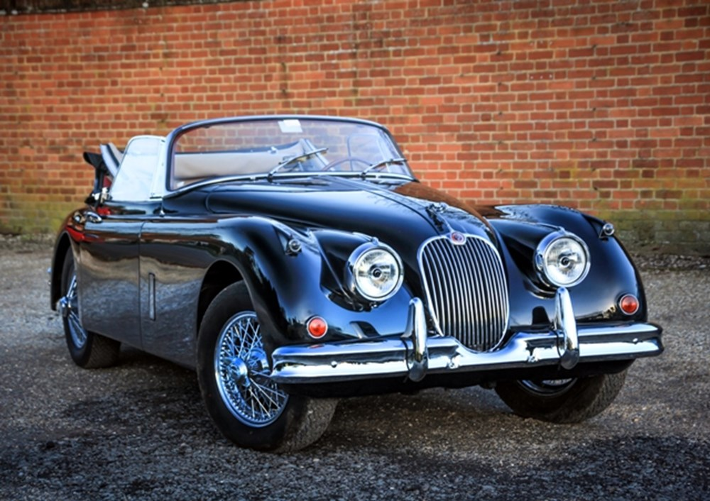 Lot 182 - 1960 Jaguar XK150SE Drophead Coupé