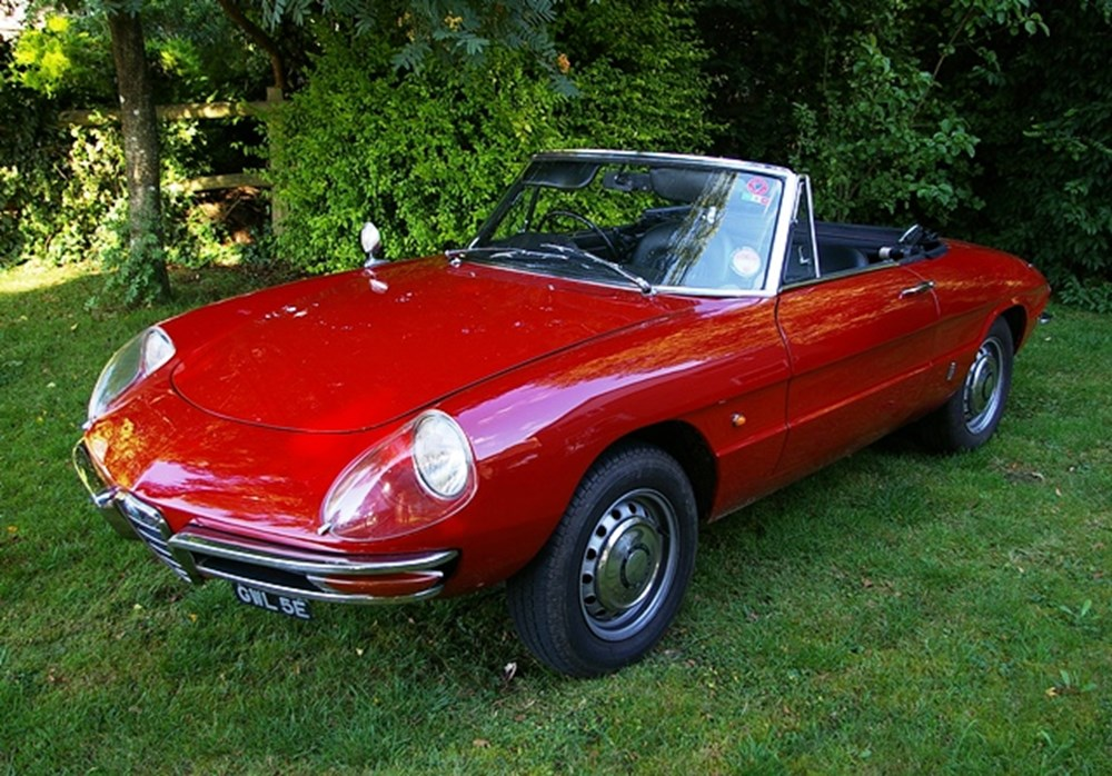 Lot 255 - 1966 12838 Duetto Spider