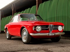 Navigate to Lot 134 - 1968 Alfa Romeo Giulia GT1300 Junior 'Scalino'