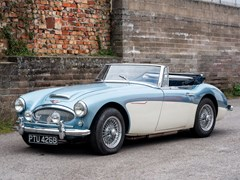 Navigate to Lot 158 - 1963 Austin Healey 3000 Mk. IIA BJ7