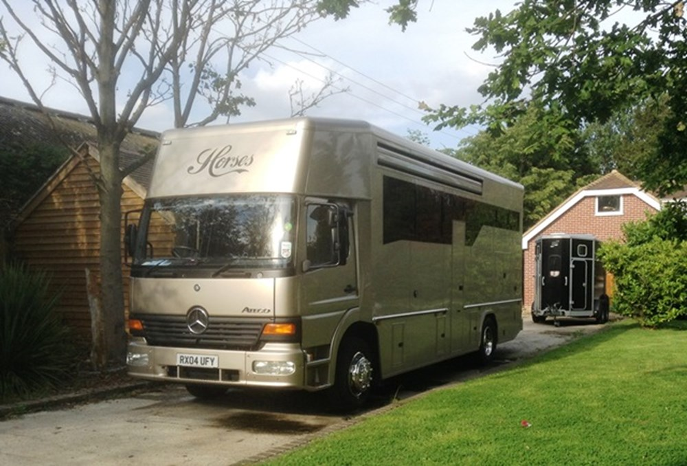 Lot 287 - 2004 Mercedes-Benz Atego Horsebox