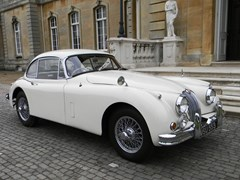 Navigate to Lot 273 - 1960 12947 XK150SE Fixedhead Coupé