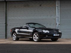 Navigate to Lot 132 - 2002 Mercedes-Benz SL500