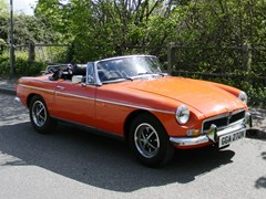 Navigate to Lot 439 - 1974 MG B Roadster