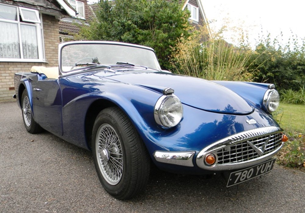 Lot 249 - 1960 Daimler SP250 'Dart'