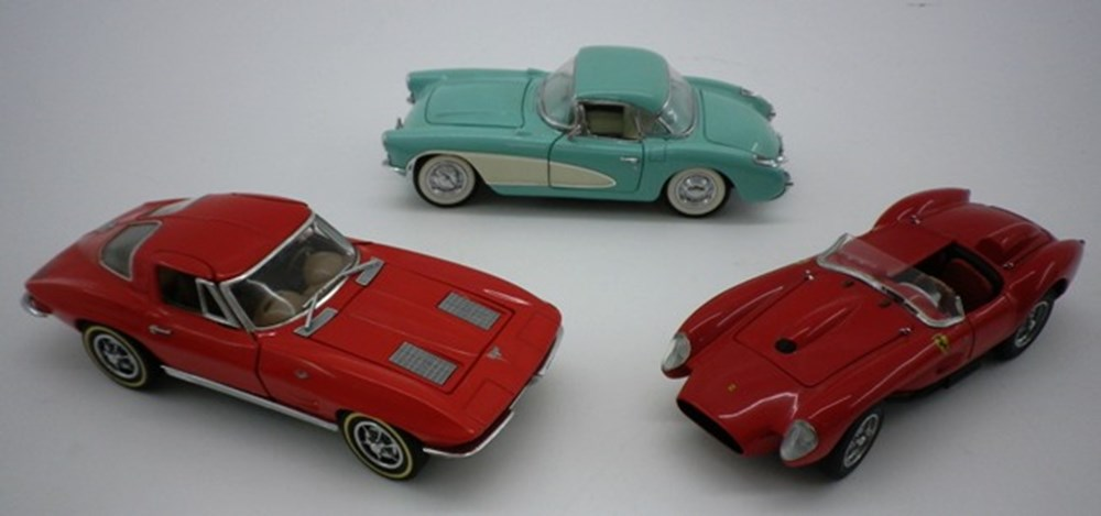 Lot 21 - Three model cars