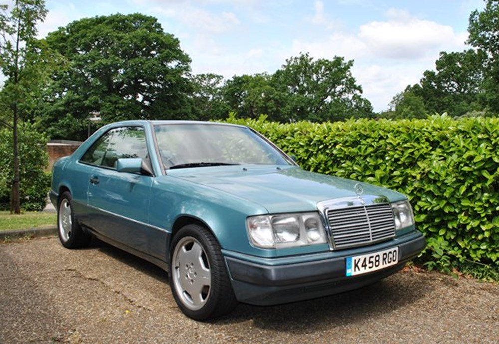 Lot 314 - 1992 Mercedes-Benz 300 CE